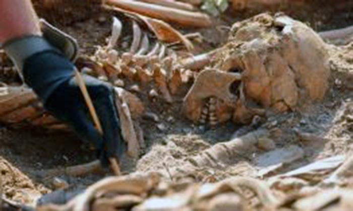 VENEZUELA--Exhuman-fosas-con-cerca-de-un-centenar-de-v-ctimas-del-franquismo-en-Burgos
