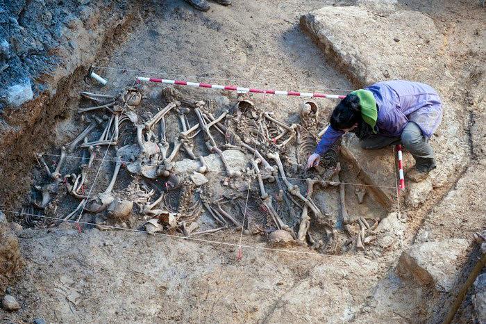 2013_04_04_exhumacion_04