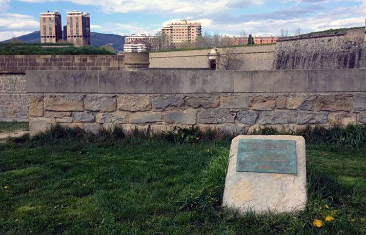 homenaje-fusilados-Vuelta-Castillo-Pamplona_EDIIMA20150410_0677_5