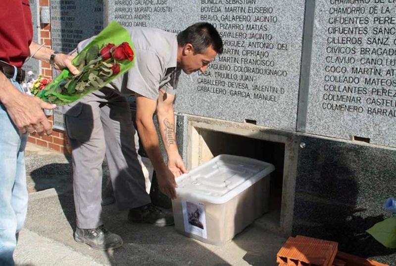 cementerio-memoria-justicia-castillejo-entierro-franquismo-1-700x472