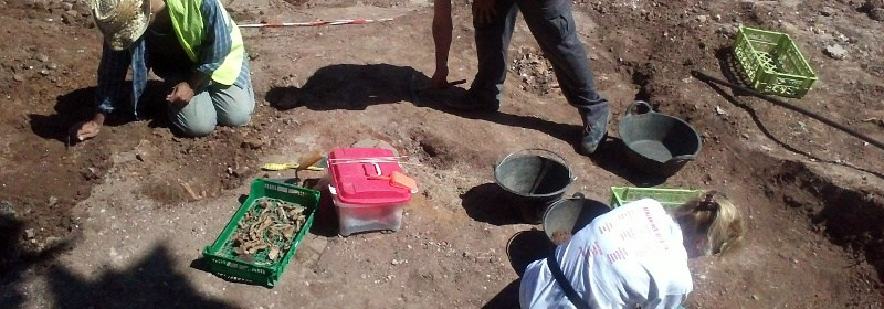 Exhumación-fosa-común-Puebla-de-Cazalla