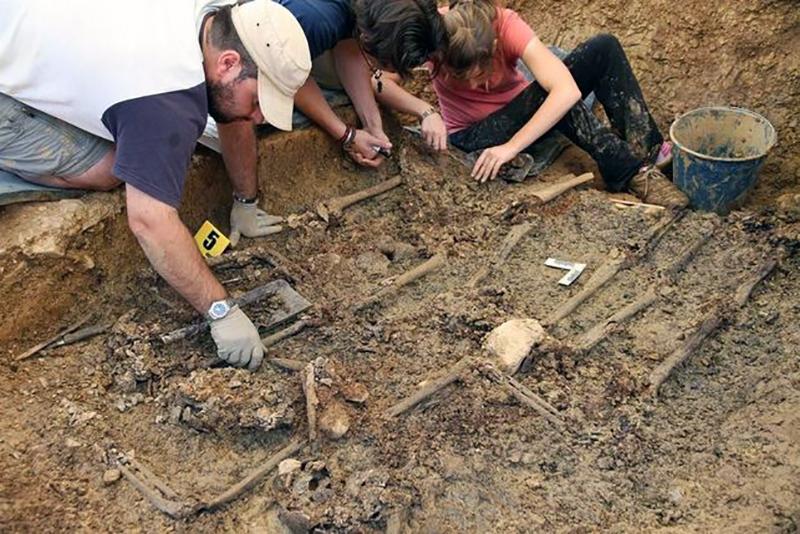 excavacion-fosa-guerra-civil_ediima20161003_0052_5