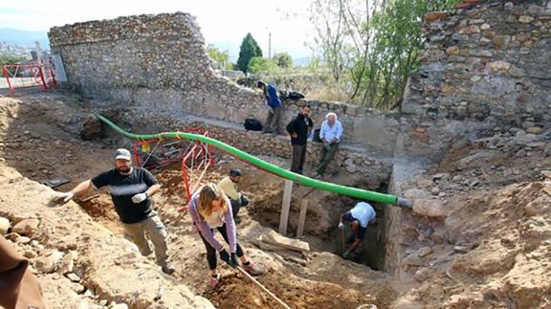 exhumaciones-ki9-u2033089288712hb-575x323leonoticias