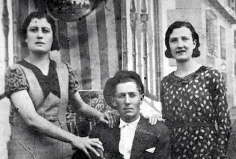 rosario-y-lourdes-malon-pueyo-asesinadas-el-dia-20-de-agosto-de-1936-en-el-paraje-de-las-penas-de-santo-domingo-longars-e1478876840237