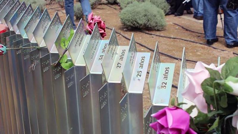 homenaje-victimas-franquismo-cementerio-torrero_ediima20160216_0714_4